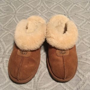 UGG women coquette slippers in chestnut